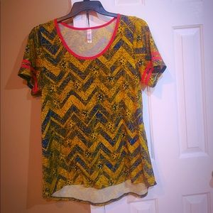 LuLaRue Classy Top. XL in size. Brand new.
